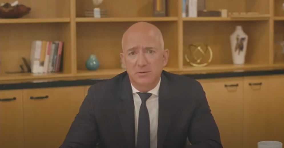 Jeff Bezos. Foto: captură YouTube