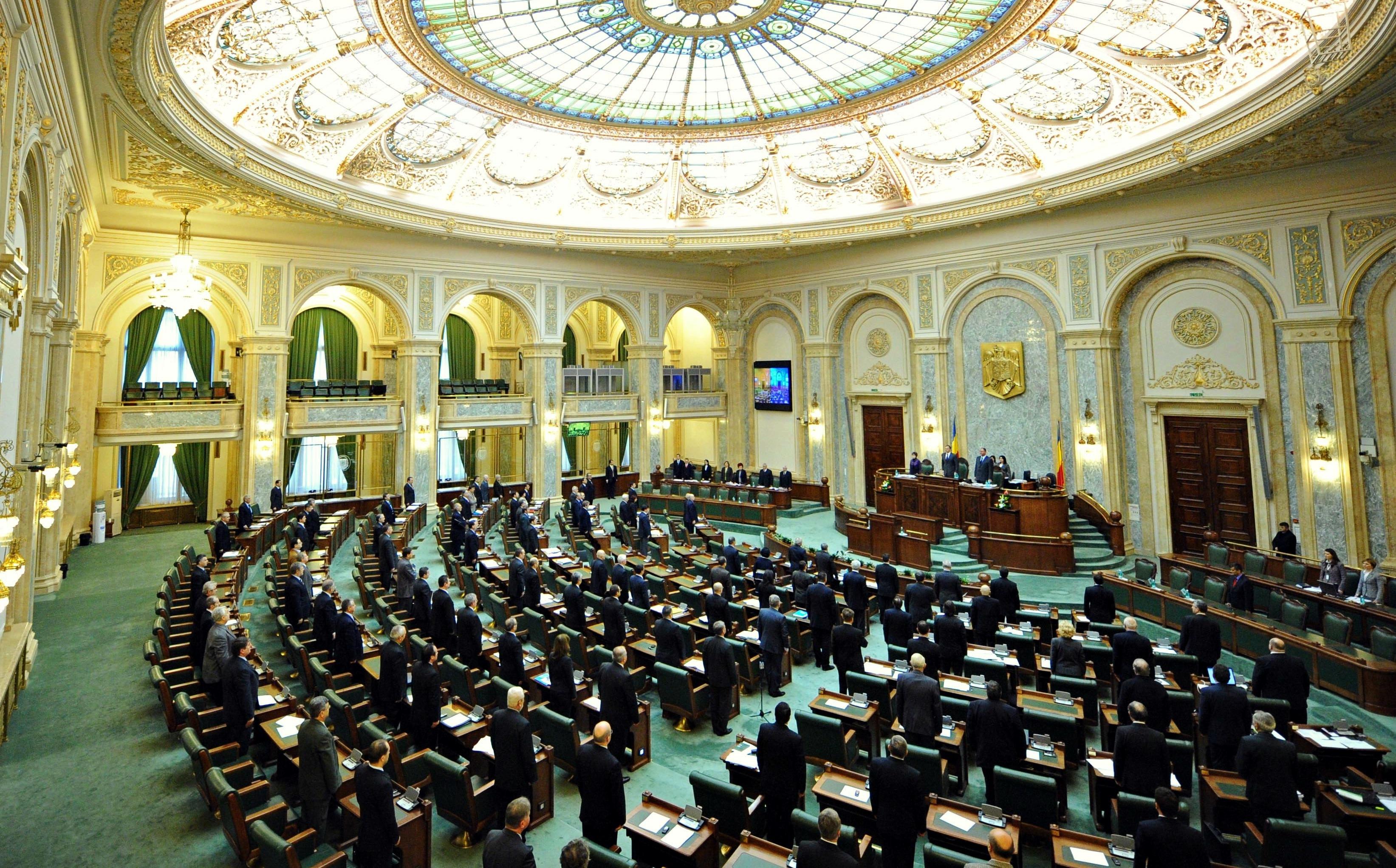Senatul României a votat proiectul PSD privind sporul Covid pentru cadre didactice